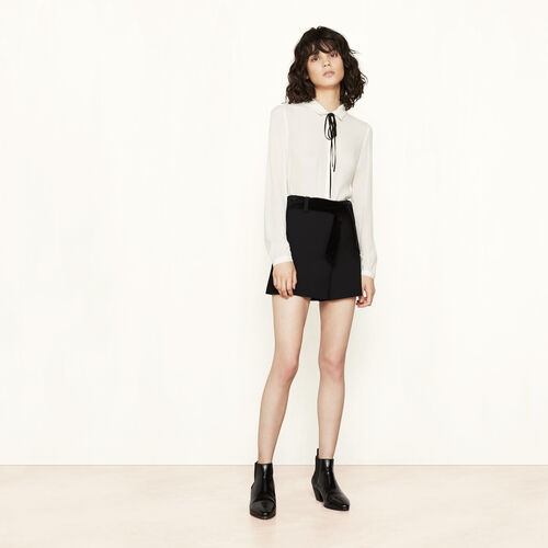 Short crêpe shorts with belt - Skirts & Shorts - MAJE