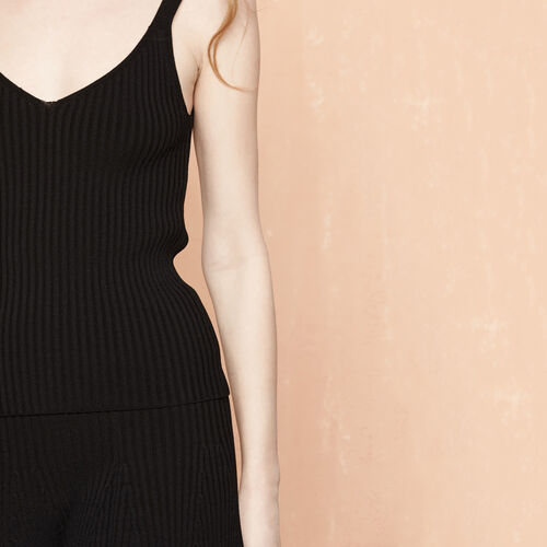 Ribbed knit fitted vest : Tops color Black 210