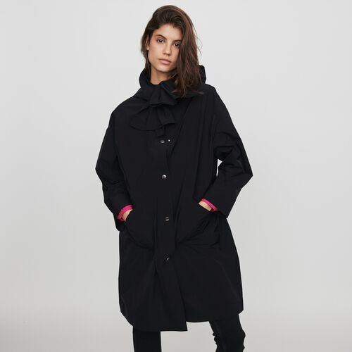 Hooded windbreaker-style parka : Winter collection color Black