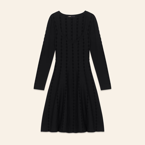 Robe en maille avec broderies : Robes couleur BLACK