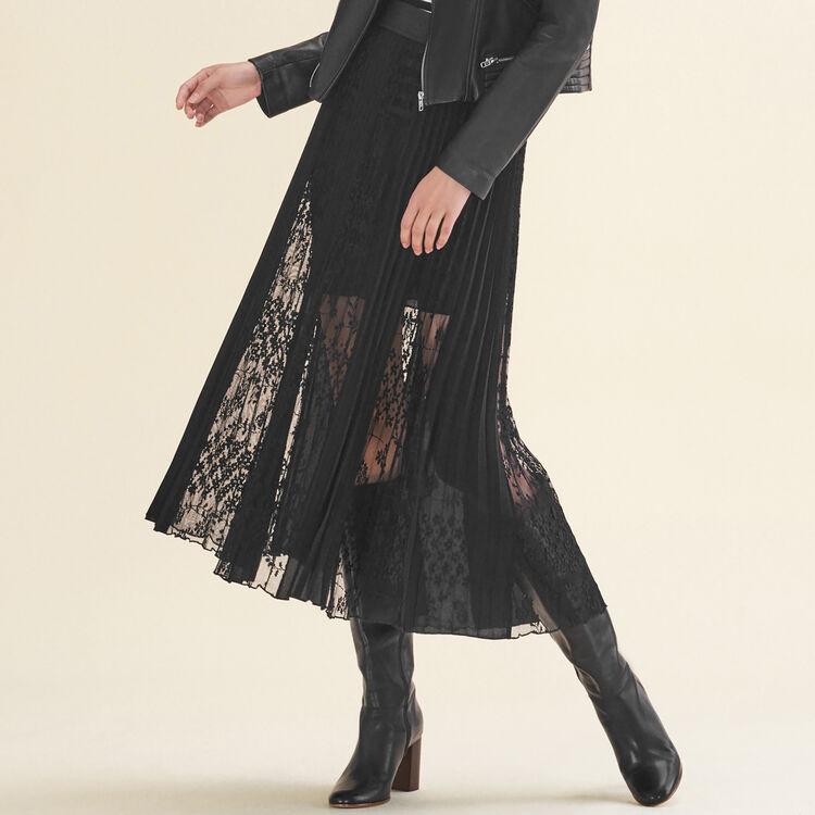 Jupe plissée avec dentelle : Jupes & Shorts couleur Black