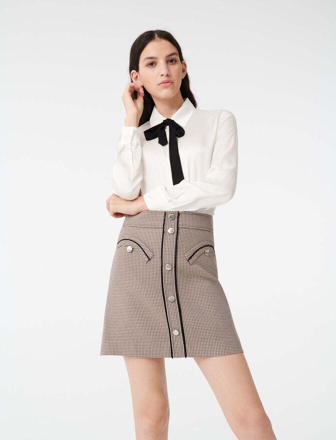 Chemise en satin avec cravate contrastée -  - MAJE