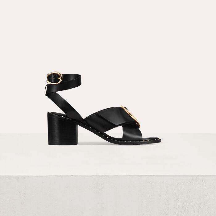 Sandale à talon avec boucle : Chaussures couleur Black