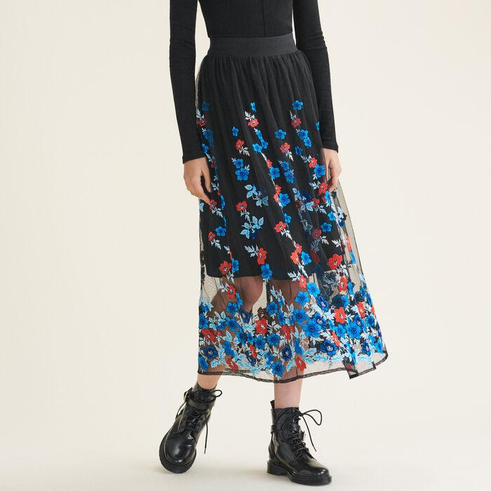 Jupe longue avec broderies florales : Jupes & Shorts couleur Black
