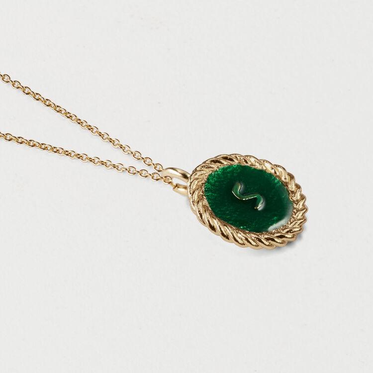 Médaillon numéro 5 : Bijoux couleur OR