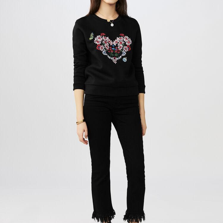 Sweatshirt avec cœur fleuri brodé : T-Shirts couleur Black
