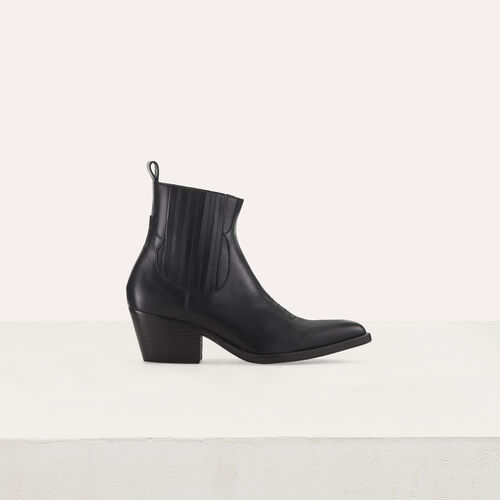 Leather cowboy boots : Booties color Black 210