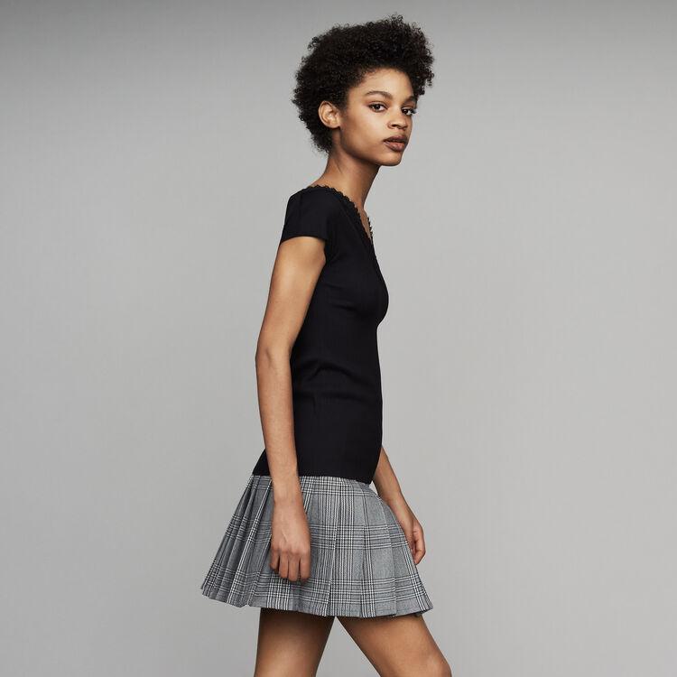 Top plissé avec dentelle : Nouvelle Collection couleur Black