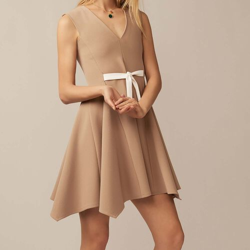 V-neck pinafore dress : Dresses color Camel