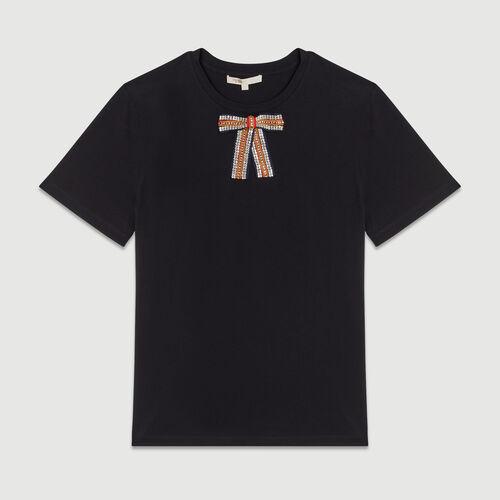 Tee-shirt loose avec nœud bijou : T-Shirts couleur BLACK