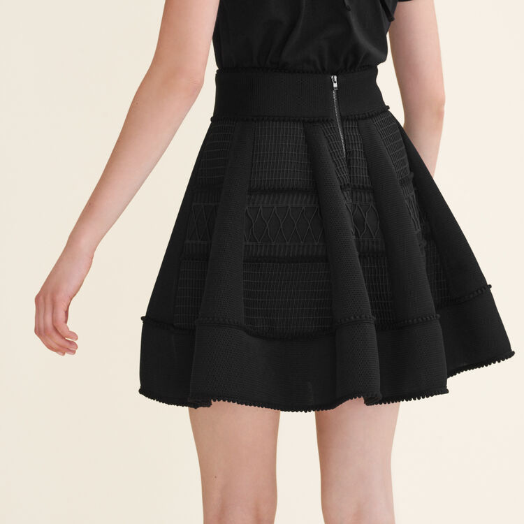 Jupe boule en maille filet : Jupes & Shorts couleur Black