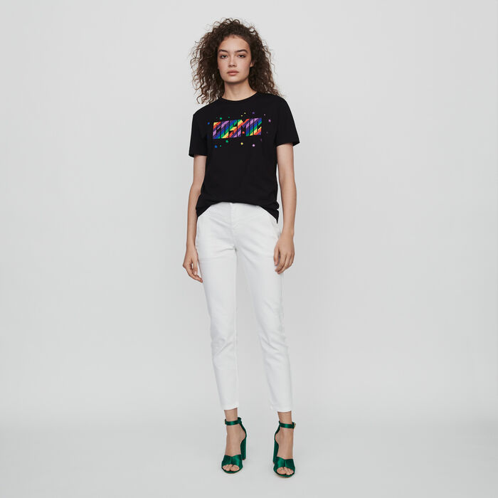 Embroidered tee shirt : Winter collection color Black