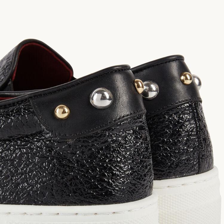 Slips-on en cuir craquelé : Accessoires couleur BLACK