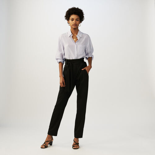 Low-slung belted pants : Trousers color Black 210