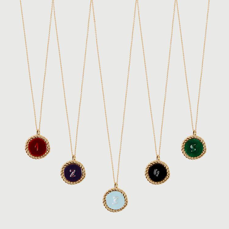 Médaillon numéro 1 : Bijoux couleur OR
