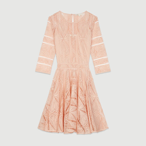 Robe patineuse en guipure : Robes couleur Rose