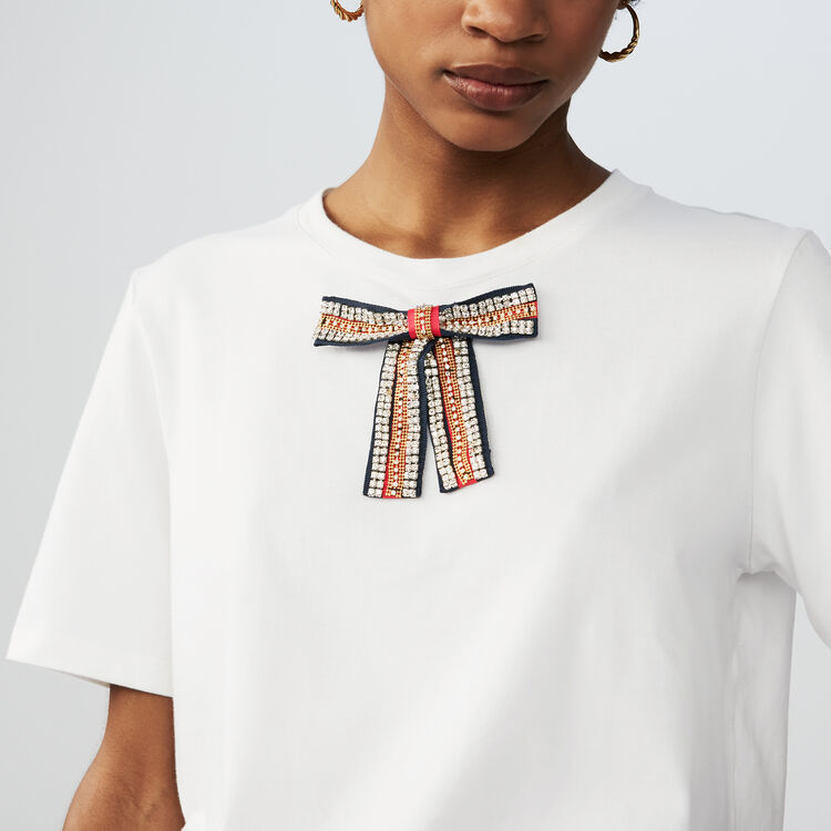 Tee-shirt loose avec nœud bijou : T-Shirts couleur Blanc