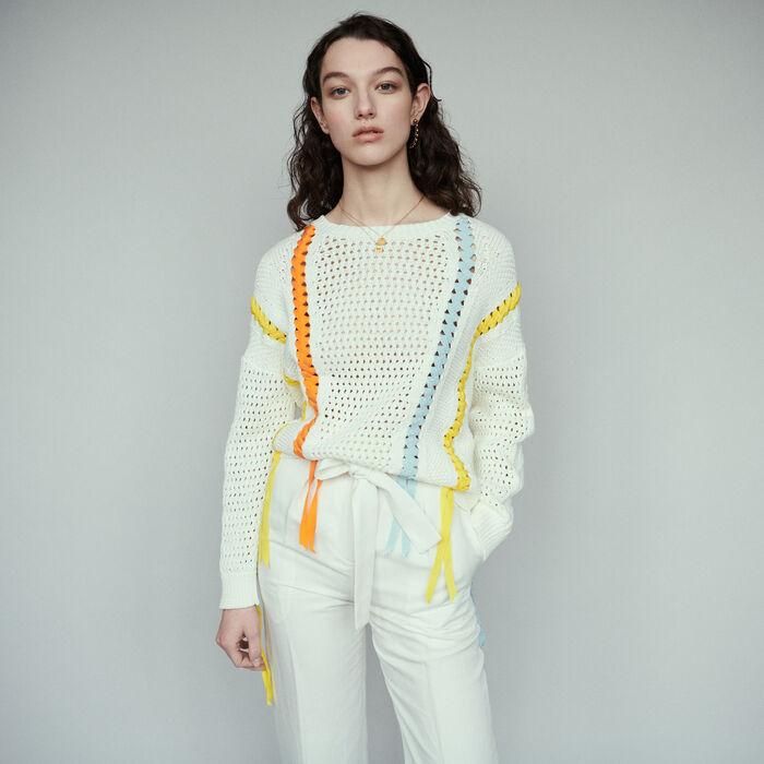 Pull en maille fantaisie avec ruban : Pulls & Cardigans couleur ECRU