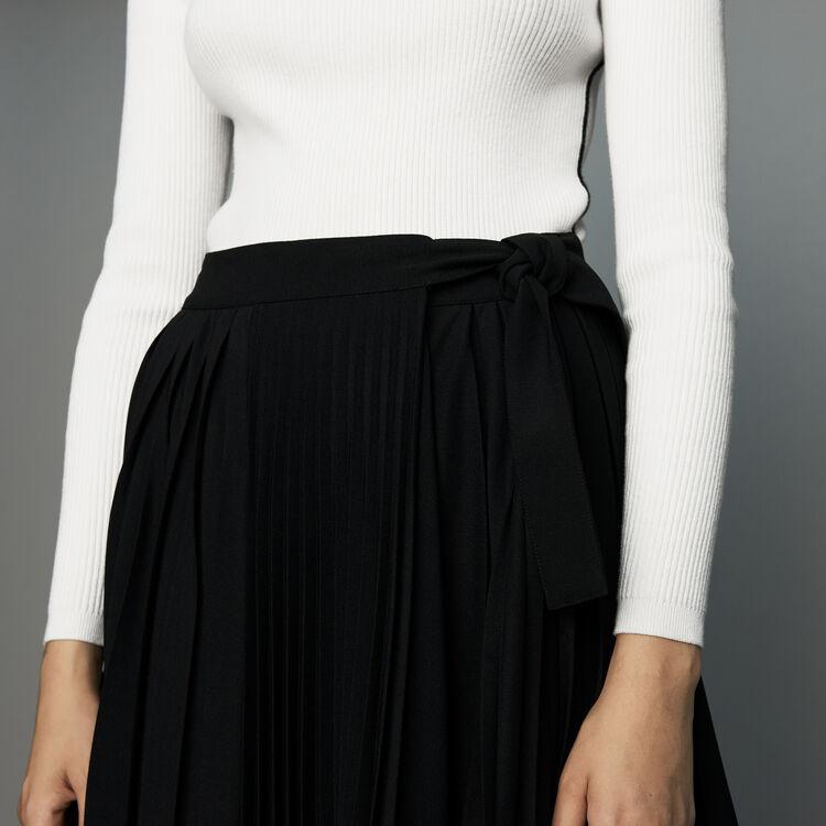 Jupe plissée asymétrique : Jupes & Shorts couleur Black